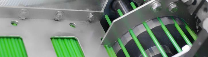 Maszyna produkująca słomki.